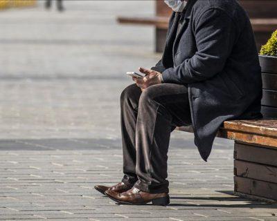 65 yaş üstüne sokağa çıkma yasağı başladı