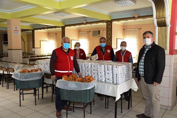 Türk Kızılay'dan ramazanda sıcak yemek yardımı