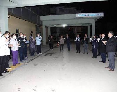 Başkan Demirbaş'dan sağlık çalışanlarına alkışlı destek