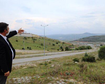 Çubuk Kaymakamı Keleş ve Belediye Başkan Demirbaş'tan, Hayvancılık İhtisas Bölgesine ziyaret