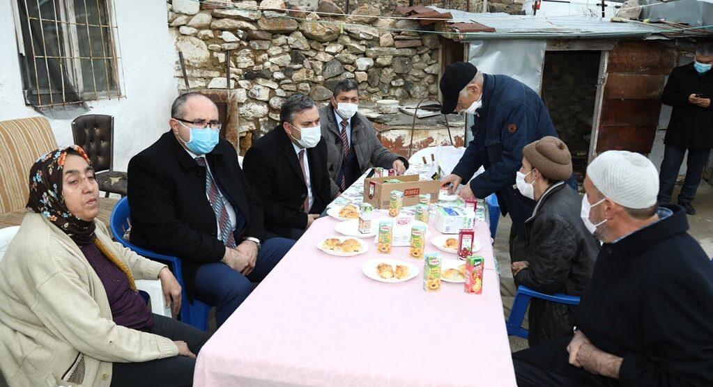 Kaymakam Keleş Ve Belediye Başkanı Demirbaş'tan Mahalle Ziyaretleri