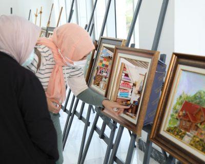 Çubuk Halk Eğitim Merkezi sergi açtı