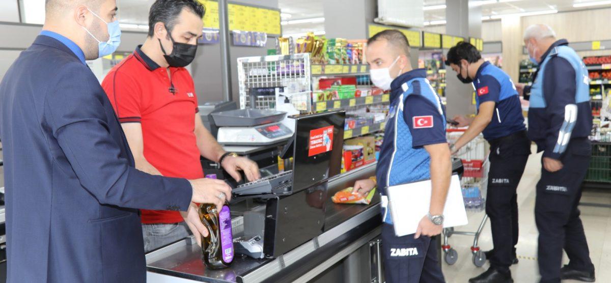 Çubuk'ta zabıta ekipleri fiyat ve etiket denetimi yaptı