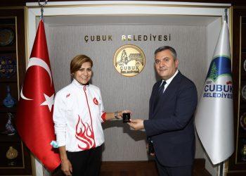 Çubuk Belediyesi Engelsiz Spor Kulübü, Çankırı'daki judo turnuvasında birinci oldu