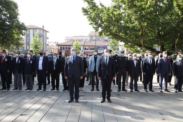 İlçemizde 19 Eylül Gaziler Günü dolayısıyla tören düzenlendi.